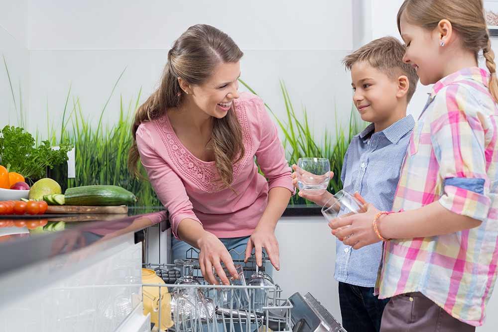 En opvaskemaskine sparer dig tid!